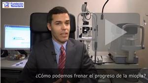 VIDEO: ¿podemos enlentecer el progreso de la miopía en los niños? | Entrevista Dr. Fco Javier Hurtado Ceña